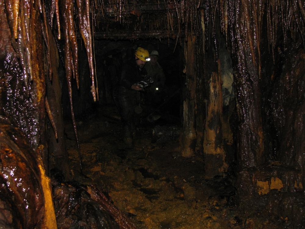Sztolnia podczas eksploracji w roku 2010<p alt=